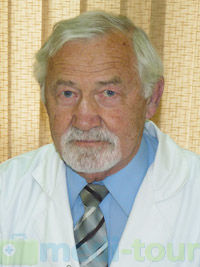 Wacław Stasiak - chirurg