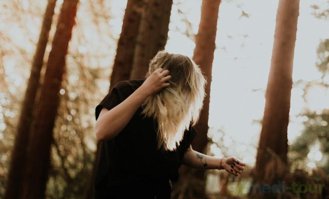 Świąd a wypadanie włosów jak leczyć