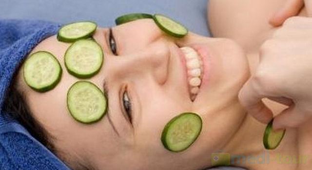 Usuwanie przebarwień skóry domowym sposobem - zielony ogórek
