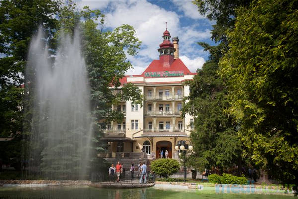 Sanatorium Wielka Pieniawa w Uzdrowisku Polanicy-Zdroju
